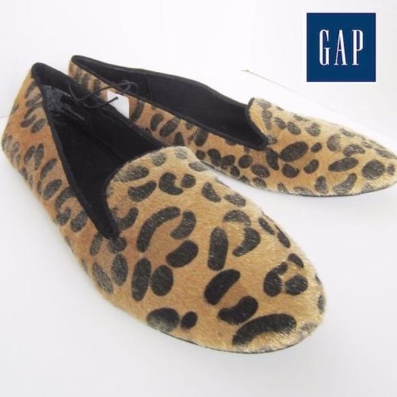14e76ce22e070 GAP Fuzzy Leopard Print Slip on Flats NWT